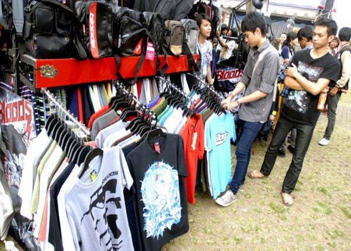 Pilihan Belanja di Grosir Baju Distro Murah Cimahi
