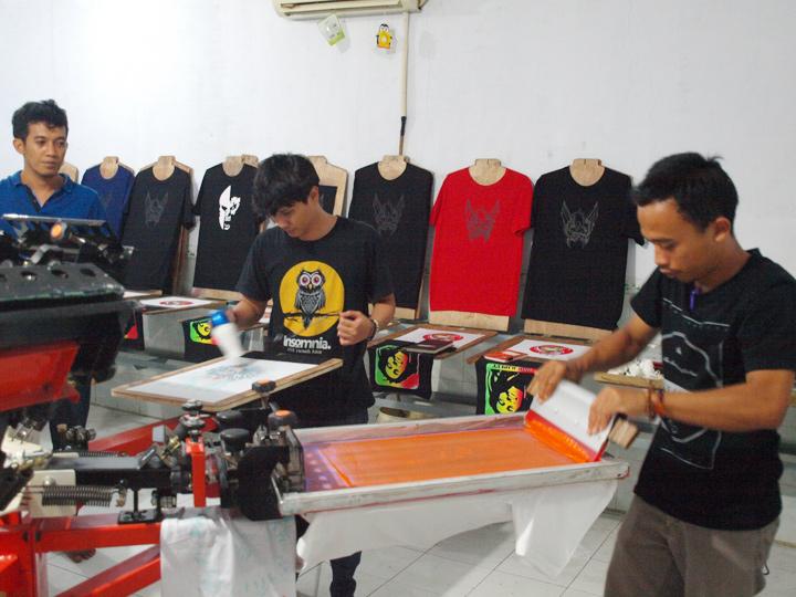 Grosir Baju Distro Bandung Murah Produsen Kaos Distro Sablon Timbul